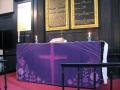 Purpura krāsa simbolizē Kristus ciešanu laiku