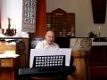 Kārlis Klucis dzied E. Ešenvalda dziesmu