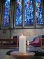 Sv. Trīsvienības kapella. Tālumā Sirdsapziņas ieslodzīto logs.