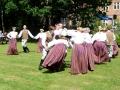 Londonas latviešu dejotāji uzstājas jau 35 gadus, bet dažiem dalībniekiem šī bija pirmā reize