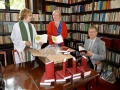 2009. gada vasarā, Vācu baznīcas organizācija Gustav-Adolf-Werk uzdāvināja mums 48 latviešu Bībeles.