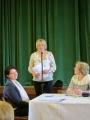 Ilze Barkus lasa vēstījumu no LELB draudzes Īrijā