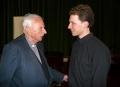 Prāv. emeritus Juris Jurģis un pianists Reinis Zariņš