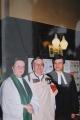 Valsts svētku dievkalpojums 2000. g. Sv. Annas un Sv. Agneses baznīcā. No kreisās: draudzes māc. Jāna Jēruma–Grīnberga, Rūta Abakuka un Dr. Andris Abakuks