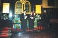 Valsts svētku dievkalpojums 2001. g. Dr. A. Abakuks un draudzes māc. J. Jēruma-Grīnberga